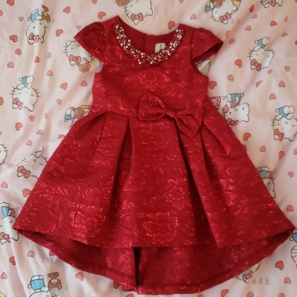Rare Editions 4T Stunning red dress with beading